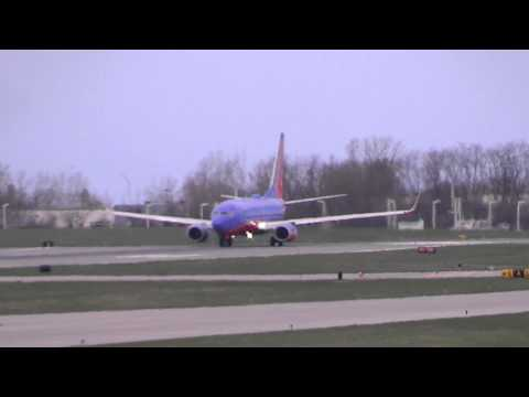Southwest 737-700 Takeoff - Greater Rochester Intl (KROC)