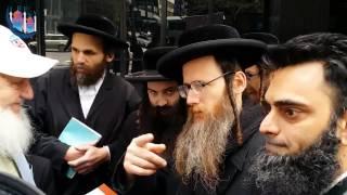 getlinkyoutube.com-Yusuf Estes Dovid Weiss Ammaar Saeed Jewish Protest Zionist Supporting Gaza Palestine New York City