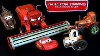 getlinkyoutube.com-Disney Cars Tractor Tipping Deluxe Diecast Set Frank, 3 tractors Mater Lightning McQueen Pixar toys