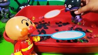 getlinkyoutube.com-アンパンマンおもちゃアニメ❤金魚すくいで対決バイキンマン!  Toy Kids トイキッズ animation anpanman
