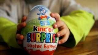 getlinkyoutube.com-Kinder Surprise Easter Edition - Big Egg, BIG Surprise !