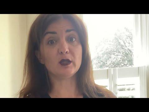 Maskeli Fare videosundan bir sahne