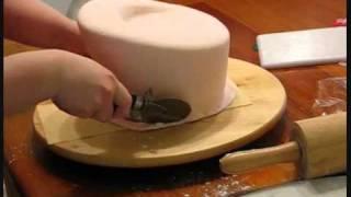 getlinkyoutube.com-Hammaddeler.com - Sevgililer Günü Pastası Yapımı