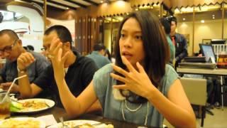 getlinkyoutube.com-Short Interview Nesw Anchor feat Addil Anara : Valdya Bara Putri (MetroTV)