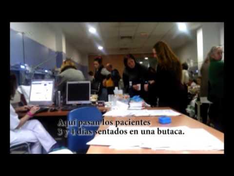 El Hospital Clínico Universitario de Málaga sigue sufriendo escenas tercermundistas con pacientes que pasan tres días durmiendo con el gotero en la sala de Urgencias