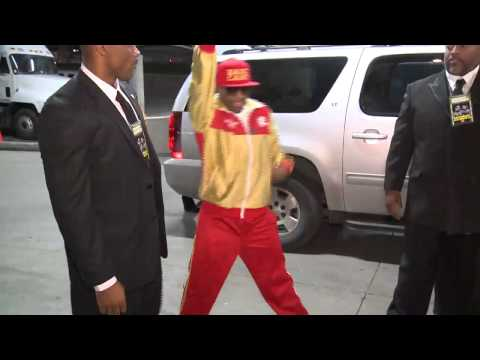 Adrien Broner Arrives at the Alamodome - SHOWTIME Boxing