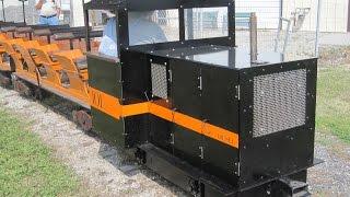 "getlinkyoutube.com-live steam backyard train 15 "" gauge diesel locomotive"