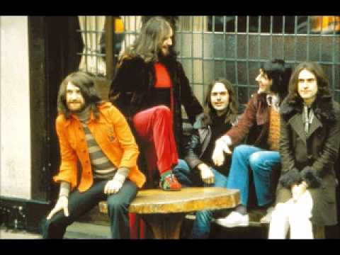 The Kinks - In a Foreign Land (Misfits)