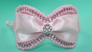 getlinkyoutube.com-Faça você mesma: tiara com laço de pérolas e fita