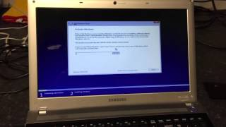 getlinkyoutube.com-Samsung Laptop - Windows 10 stuck on boot screen - SOLVED!