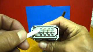 getlinkyoutube.com-Master Padlock M176 (disclosing the unknown combination)