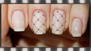 getlinkyoutube.com-Стеганый маникюр. Нежный дизайн ногтей обычным лаком | Quilted Nail Art