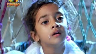 Rohini pampering Kavya & Baladitya -  Little Soldiers Movie Scenes