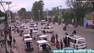 getlinkyoutube.com-네팔 지진, 당시 건물 붕괴하는 모습