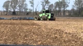 getlinkyoutube.com-Steiger tiger plowing straight pipe
