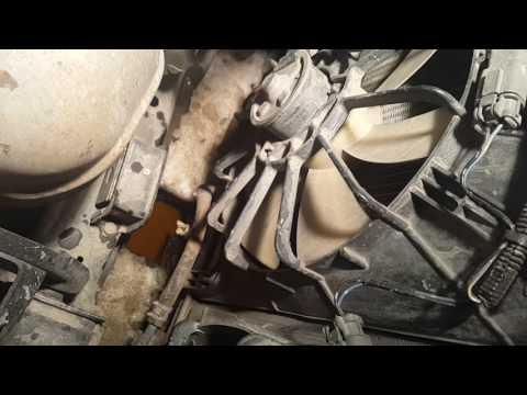 Замена термостата на Honda Odyssey RA6 часть 1