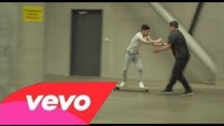 getlinkyoutube.com-One Direction - Happily (Music Video)