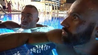 Im Pool mit Roman und Steve. Nach dem Wettkampf width=