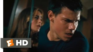 getlinkyoutube.com-Abduction (4/11) Movie CLIP - There's a Bomb in the Oven! (2011) HD
