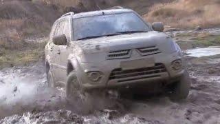 getlinkyoutube.com-Lada Niva vs Mitsubishi Pajero Sport Off road Extreme 4x4 Compilation