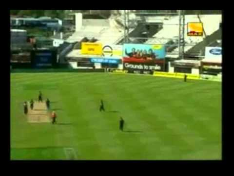 Sachin Tendulkar 163 vs NZL AMI Std. Christchurch 2009