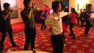 nice Dance on soni de nakhre sone lagde menu