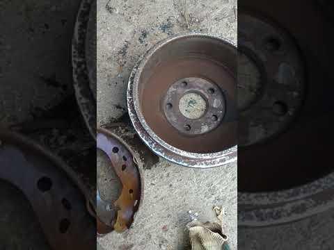Где передние тормозные диски у Ford Connect