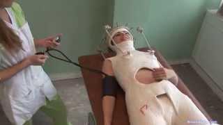 getlinkyoutube.com-Halo-Minerva double hip spica plaster cast