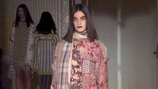 getlinkyoutube.com-Acne Studios Woman Paris SS 2017