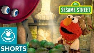 getlinkyoutube.com-Sesame Street: Elmo the Musical Guacamole