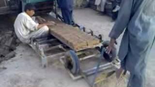 getlinkyoutube.com-clay brick machine