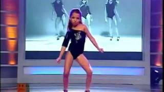 getlinkyoutube.com-MINI BEYONCE Dancing SINGLE LADIES