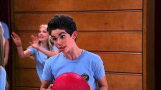 getlinkyoutube.com-Punch Dumped Love - Clip - JESSIE - Disney Channel Official