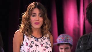 Violetta: Vilu y los chicos cantan ¨Algo se enciende¨ (Ep 48 Temp 2)