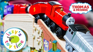 getlinkyoutube.com-Thomas and Friends | Thomas Train Speedy Surprise Drop Playset | Fun Toy Trains for Kids with Brio