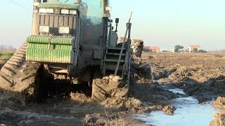 getlinkyoutube.com-EXTREME MUD CONDITIONS - John Deere 8200T SOUND & LEMKEN | Italy 2014
