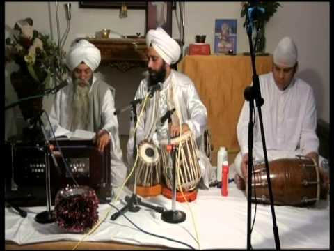 UK-CHETI CHAND SINDHI BHAJAN OF JHULE LAL SAHIB -1ST APRIL BY SURAJ JOGI