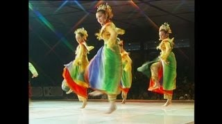 getlinkyoutube.com-Tari Batin Kemuning - Delegasi Riau