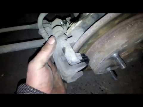 Замена задних колодок и регулировка ручника Киа Церато(KIA Cerato 2007)