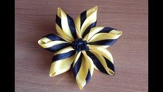 getlinkyoutube.com-Цветы из ткани.Цветок из кусочков атласных лент.DIY.Flowers of fabric