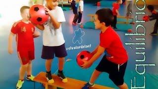 getlinkyoutube.com-Equilibrio en educación física