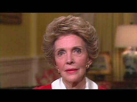 CNN: 1986: Nancy Reagan's 'Just say no' campaign