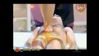 getlinkyoutube.com-Kadın erkekleri ayaklar altına aldı