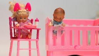 getlinkyoutube.com-Brincando de Barbie. Por Bia Lobo.