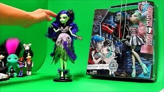getlinkyoutube.com-Monster High Amanita Rochelle & Garrot Zelfs Lego Minifigure Toy Review Unboxing