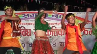 Chal Gori Le Jaba Toke Mor Gaau | Tharu Song | Group Dance