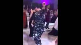 getlinkyoutube.com-رقص منزلي سعودي خليجي لبناني سوري دقني معلاية كيك 1