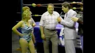 getlinkyoutube.com-Delta Dawn vs Shallamar: Women's wrestling 1987