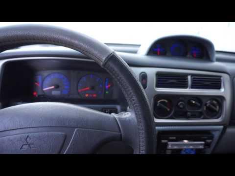 Пересвет салона Mitsubishi Pajero Sport вид в живую