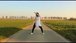 खेतों में डांस कर रही लड़की का हुआ वीडियो वायरल chahal
